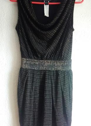 Стильное черно-золотистое платье на поясе-резинке