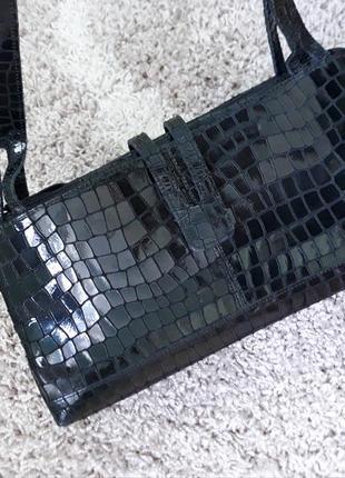 Сумка рептилия чорная лаковая