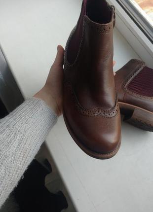 Сапожки , ботинки оригинальные бренда tamaris. покупала за 1800 .3 фото