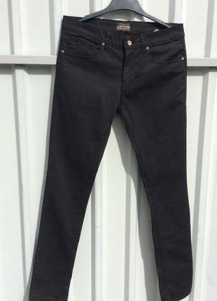 Стильные джинсы zara р 40.