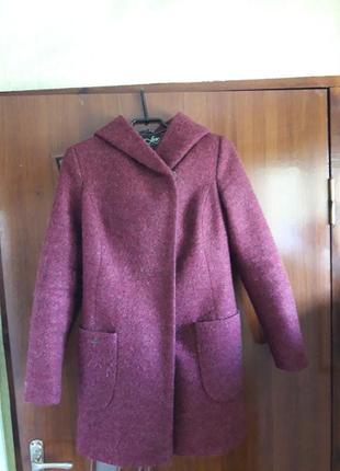 Хорошее пальто в отличном состоянии!