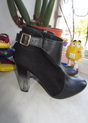 Кожаные деми ботинки asos 38 р