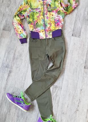Яркий, цветной, шелковый бомбер, ветровка, легкая курточка. недорого