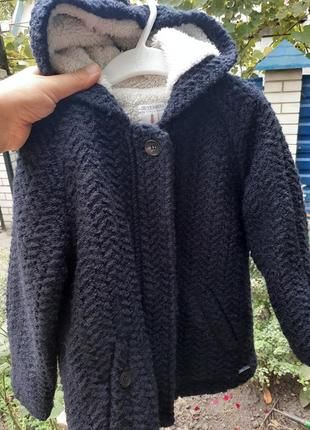 Крутое деми пальто на меху от zara