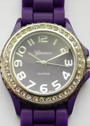 Geneva platinum часы из сша со стразами механизм japan sii