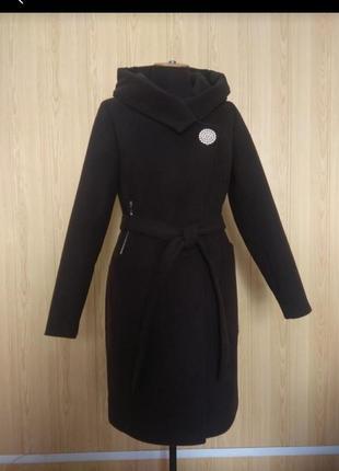 Демисезонное пальто кашемир с капюшоном