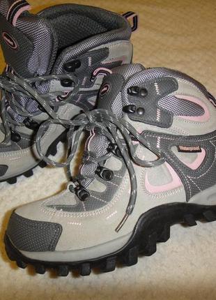 Треккинговые ботинки casualtex