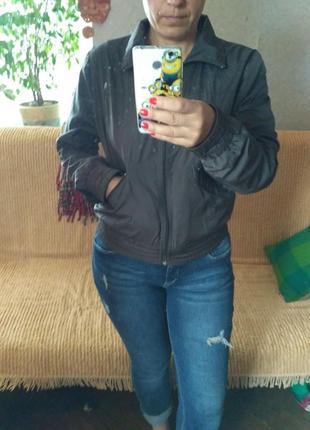 Курточка женская - бомбер