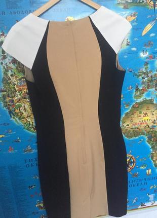 Платье doroti perkins