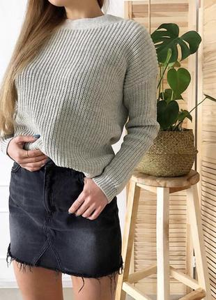 Чёрная джинсовая юбка с высокой посадкой талией