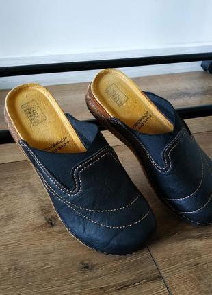 Женские туфли сабо с открытой пяткой