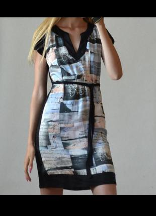 Летнее короткое платье с черной спинкой поясом халат глубоким вырезом с коротким рукавом