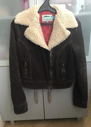 Демисезонная куртка косуха hollister вельветовая дубленка
