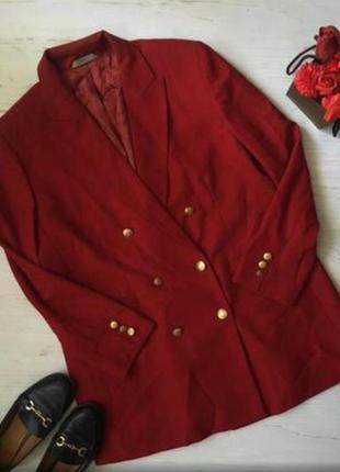 Двубортный трендовый пиджак
