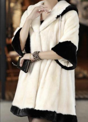 Шуба белая с капюшоном рукав 3/4, тёплая, маленький размер, для девочки