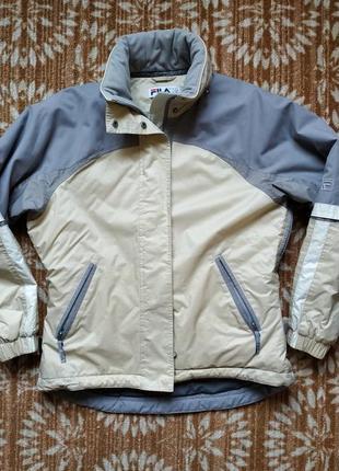 Fila куртка утеплённая с капюшоном. размер 42.