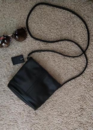 Liz claiborne (лиз клэйборн) маленькая, удобная сумочка crossbody