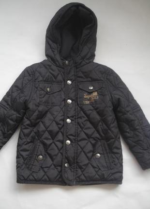 Фирменная f&f стильная куртка мальчику 4-5 лет в новом состоянии