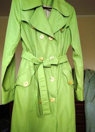 Плащ тренч с поясом на подкладке с пуговицами салатный зеленый