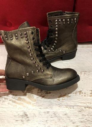 Новые натуральные фирменные ботинки 36р.1 фото