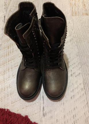 Новые натуральные фирменные ботинки 36р.2 фото