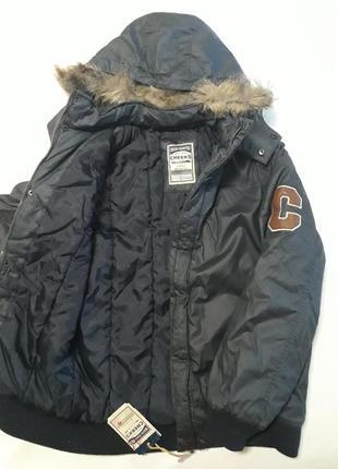 Отличная теплая куртка бренда creeks франция оригинал