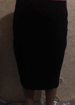Классическая черная юбка-карандаш на подкладке