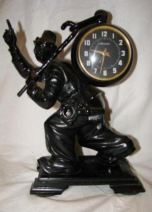 """Статуэтка, каминные часы """"клоун"""", касли, вып. 1973 г. чугунное худож. литье"""