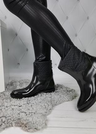 Полусапожки ботинки резиновые непромокаемые утепленные со змейкой сзади