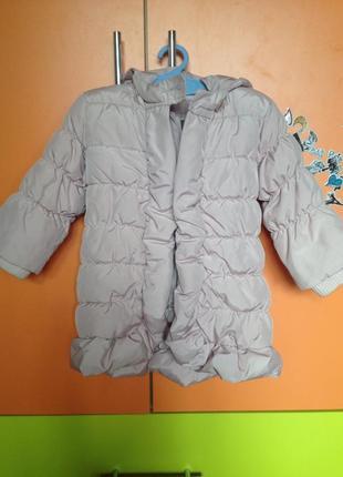 Тёпленькая курточка на девочку gap