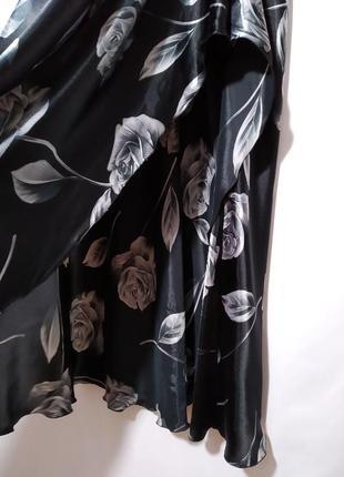 Нарядное платье с открытой спинкой в принт10 фото