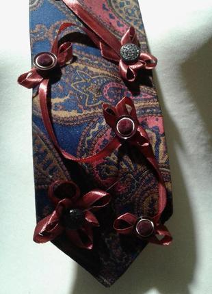 Женский галстук расшитый(хендмейд)=стильно оригинально индивидуально