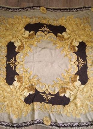 Шелковый платок в ретро-стиле