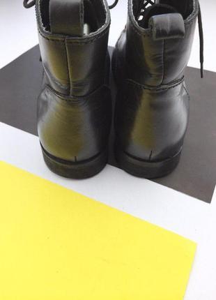 Кожаные ботинки на шнуровке с металлическим носком4 фото