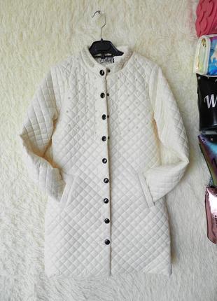 ✅ тонкое пальто куртка плащик  кремового цвета с перламутровыми жемчуженами