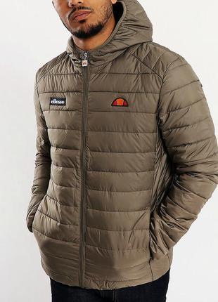 Демисезонная куртка ellesse . оригинал.