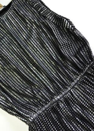 Стильное длинное переливающее серебряное платье4 фото