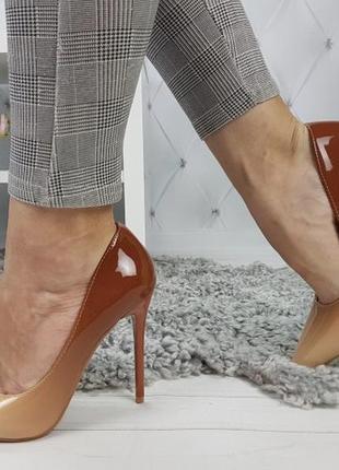 Новые женские бежевые туфли лодочки омбре3 фото