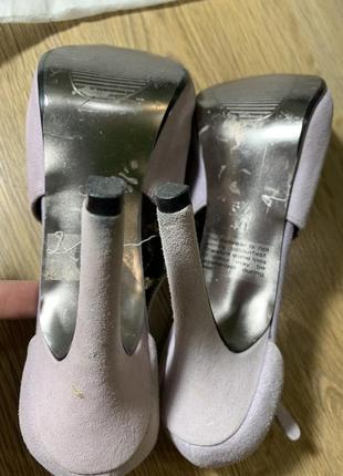 Лиловые открытые туфли на высоком каблуке next3 фото