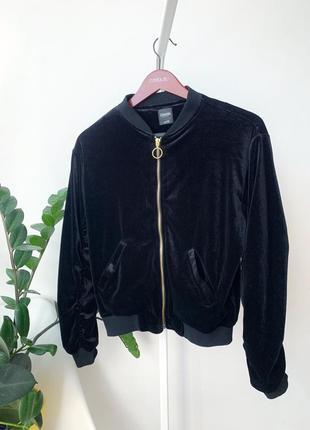 Чорний велюровий бомпер куртка
