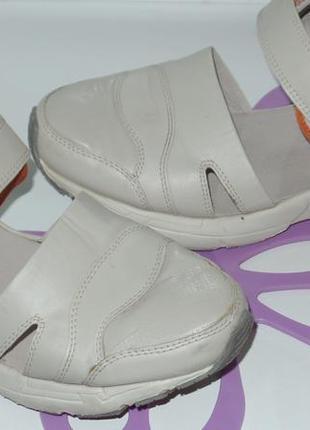 Ление кросовки р 39