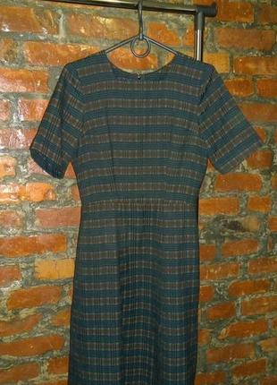 Тренд осени приталенное платье футляр а-силуэта в клетку тартан