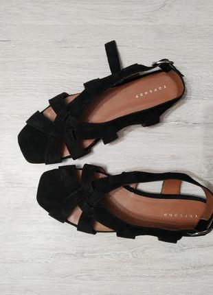 Натуральные замшевые босоножки topshop черные сандалии квадратный носок босоніжки