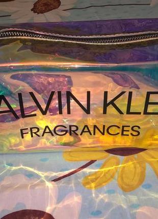 Новая фирменная косметичка клатч calvin clein