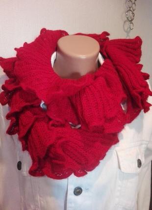 Классный модный шарф с рюшами на резинке теплый