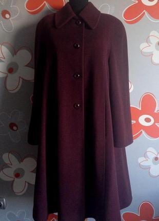 """Демисезонное пальто """"max mara"""" темно-шоколадного цвета с бордовым оттенком м/l"""