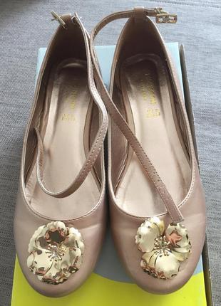 Нарядні туфлі monsoon