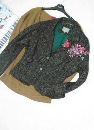 Пиджак с вышивкой /35% шерсть per una/16 размер