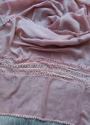 Платок  . палантин  . шарф пудрового цвета