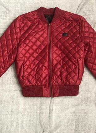 Куртка 800 грн